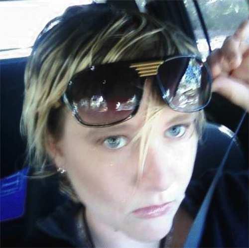 Lisa Moeller, Ex-Activista Lesbiana