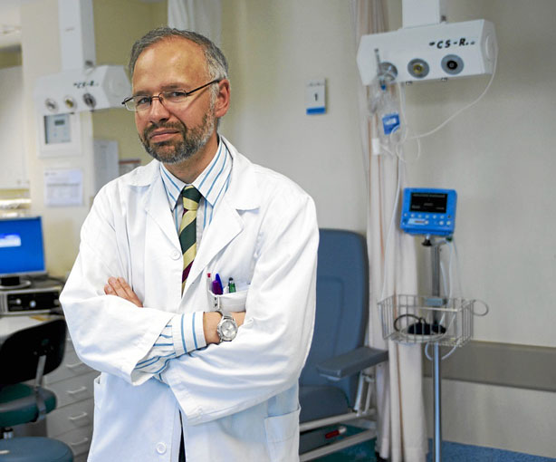 Dr. Manuel Martinez-Selles: eutanasia es siempre inaceptable