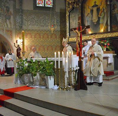 El obispo diocesano proclama el milagro eucarístico en el Santuario de San Jacinto