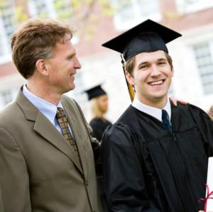 Sentido común, fe, hacer amigos... las 10 cosas que tus hijos no aprenderán en la universidad